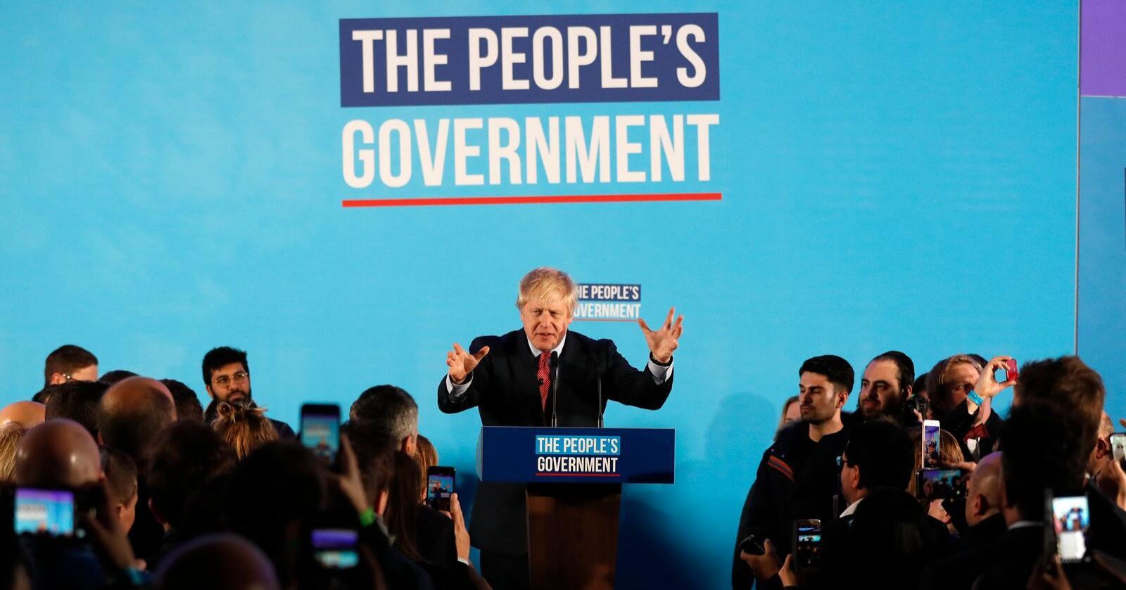Storbritannias statsminister Boris Johnson takket i en tale fredag for støtten etter valgseieren. Foto: AP / NTB scanpix