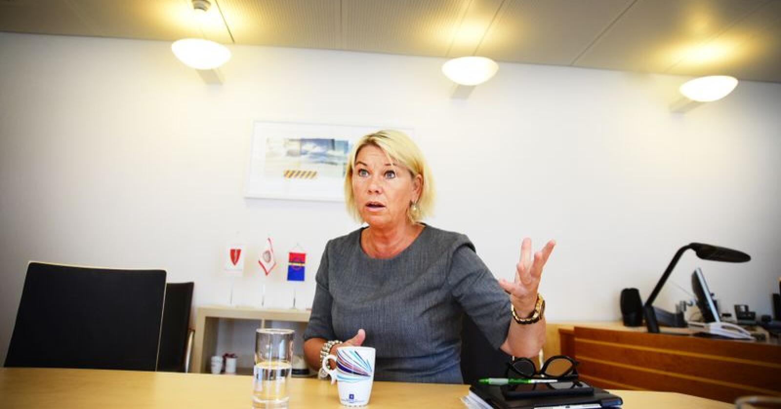 Monica Mæland (H) ble kommunal- og moderniseringsminister i januar 2018. Siden har sammenslåingen mellom Troms og Finnmark preget jobben. Foto: Siri Juell Rasmussen