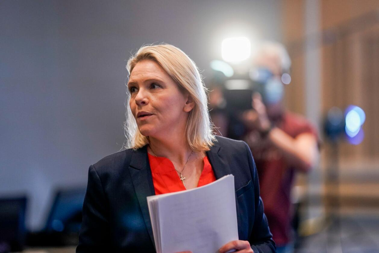 Fersk Frp-leder Sylvi Listhaug forsvarer partiets helsnu om Acer. Foto: Stian Lysberg Solum / NTB