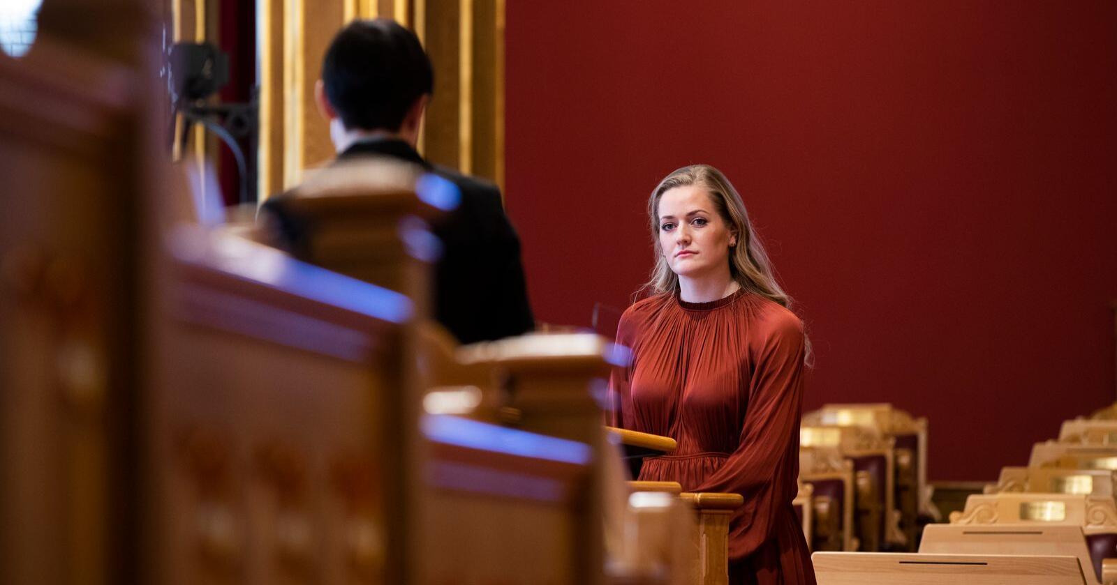 Utenlandske oppkjøp av norske ressurser og eiendommer kan utgjøre en trussel for nasjonal sikkerhet. Emilie Enger Mehl (Sp) frykter at Norge kan miste kontrollen for all fremtid. Foto: Berit Roald / NTB