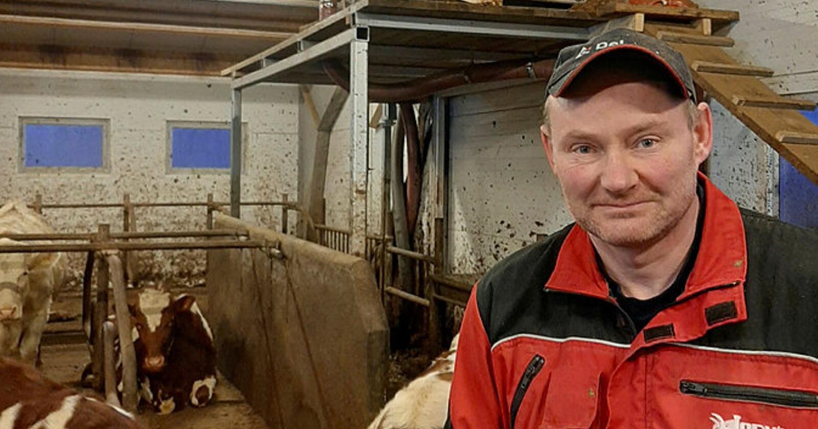 Melkeprodusent Sigurd Johnsen installerte i fjor høst et gjødselsepareringsanlegg på gården. Dette skal separere drøyt 4000 kubikkmeter blautgjødsel i året.