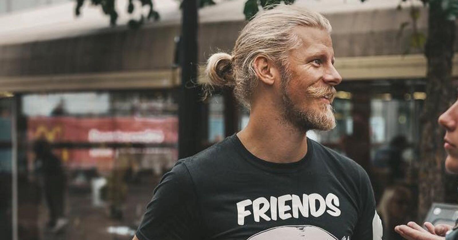 Samuel Rostøl håper at dei kan rette fokuset tilbake til etikken og dyra ved å bli eit formelt livssynssamfunn. Foto: Rebecca Larsson