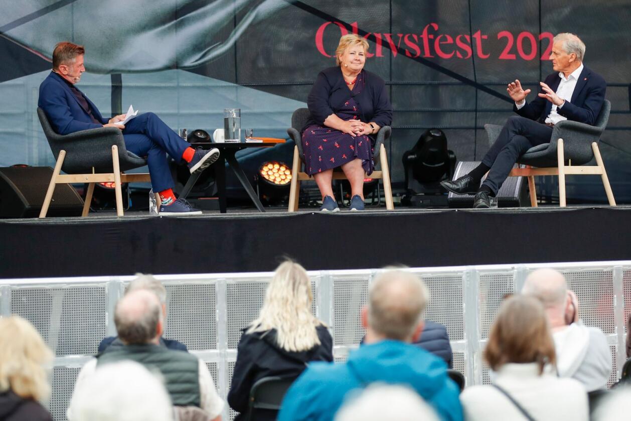 Statsminister Erna Solberg (H) og Ap-leder Jonas Gahr Støre møttes fredag ettermiddag til debatt i Trondheim i forbindelse med at de begge er på valgkampturné i Trøndelag. Foto: Beate Oma Dahle/NTB