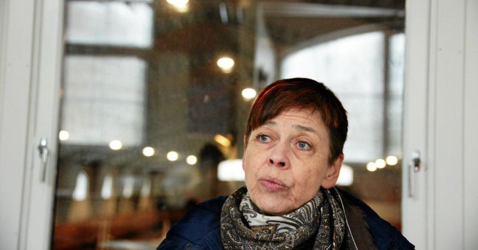Seksjonssjefen for dyrevelferd i Mattilsynet, Torunn Knævelsrud, er urolig for dyrevelferden for sau og rein på utmarksbeite. Foto: Siri Juell Rasmussen