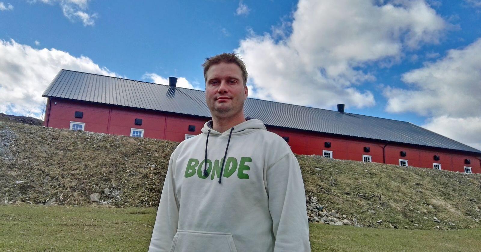 – I årets jordbruksoppgjør vil vi ha en styrket kanaliseringspolitikk, sier ammekubonde Knut Erik Ulltveit i Gjerstad. Foto: Stian Eide
