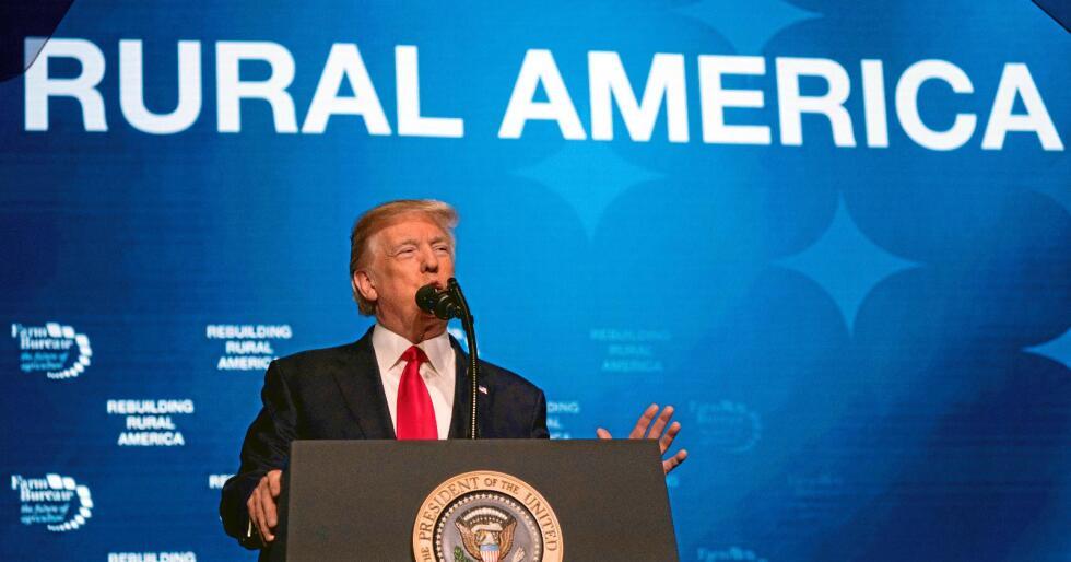 – Dere er heldige fordi jeg ga dere det privilegiet det er å stemme for meg, sa USAs president Donald Trump til bøndene på årsmøtet til bondelaget AFBF. Foto: Andrew Harnik / AP / NTB scanpix