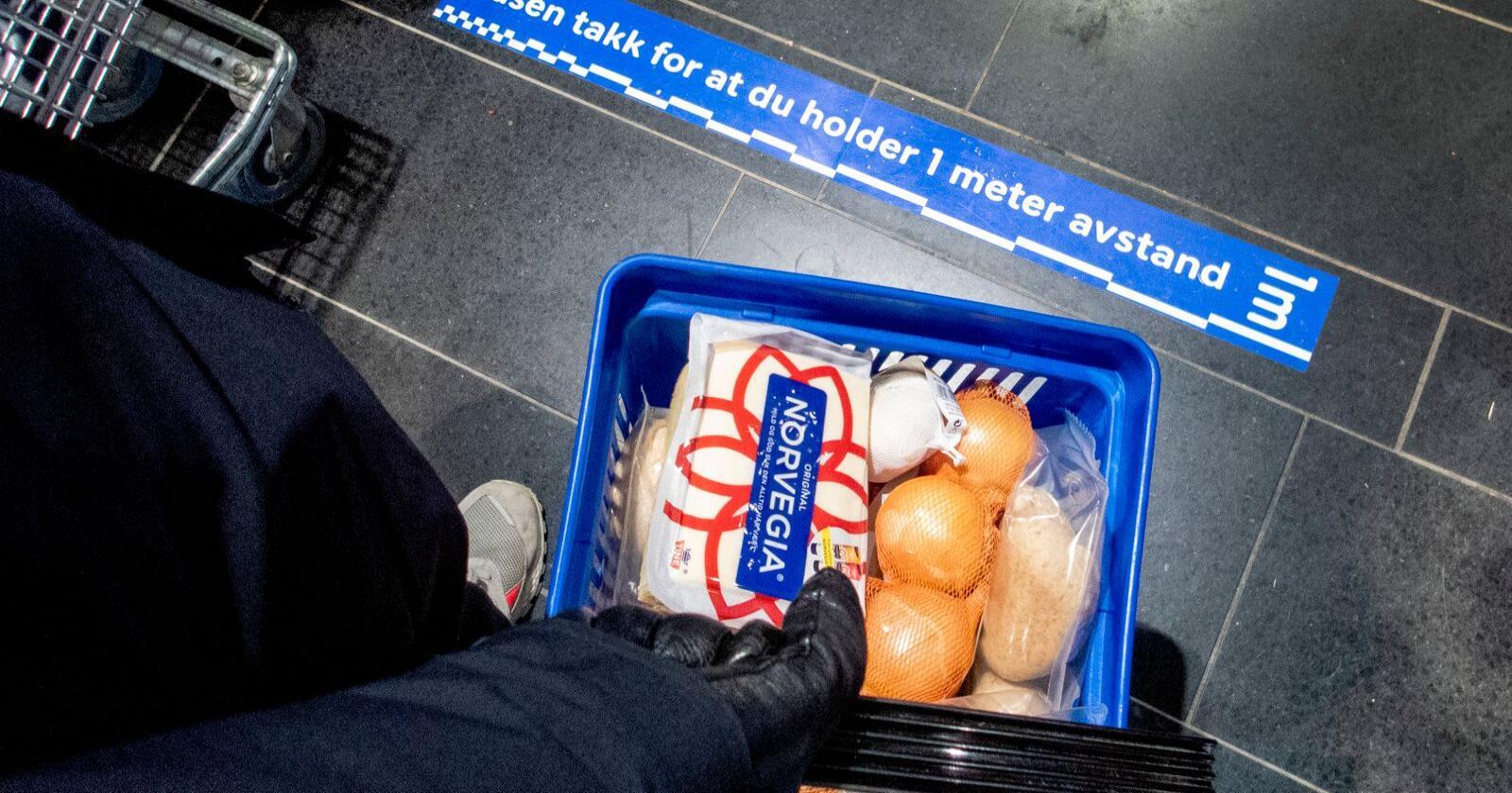 Flere nordmenn enn tidligere tror deres valg av matvarer har betydning. Foto: Gorm Kallestad / NTB scanpix