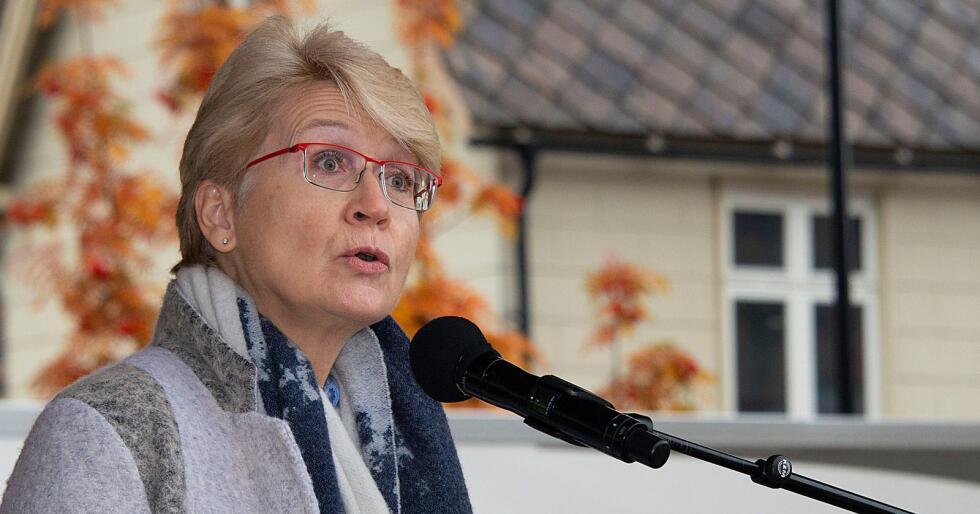 Kampklar Sel-ordfører. Bare timer etter at Nortura Otta var vedtatt nedlagt, hadde Sel-ordfører Eldri Siem (bildet) første møte med en arbeidsgruppe om etablering av nytt slakterianlegg i Gudbrandsdalen.  Foto: Bård Bårdløkken