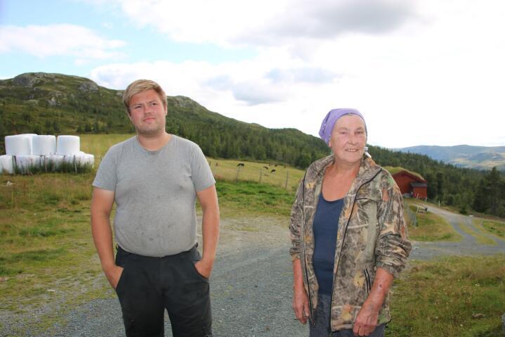 GENERASJONSSKIFTE: – Skal du få barna til å overta, må de være unge. Du kan ikke vente til de er oppe i 40-årene, sier Bergljot. Hun var bare 42 da sønnen Ole Knut overtok. André var fortsatt 18 år da han overtok gården.