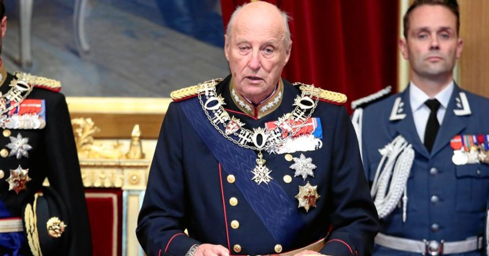Kong Harald holder trontalen under den høytidelige åpningen av Stortinget 2018. Foto: Lise Åserud / NTB Scanpix
