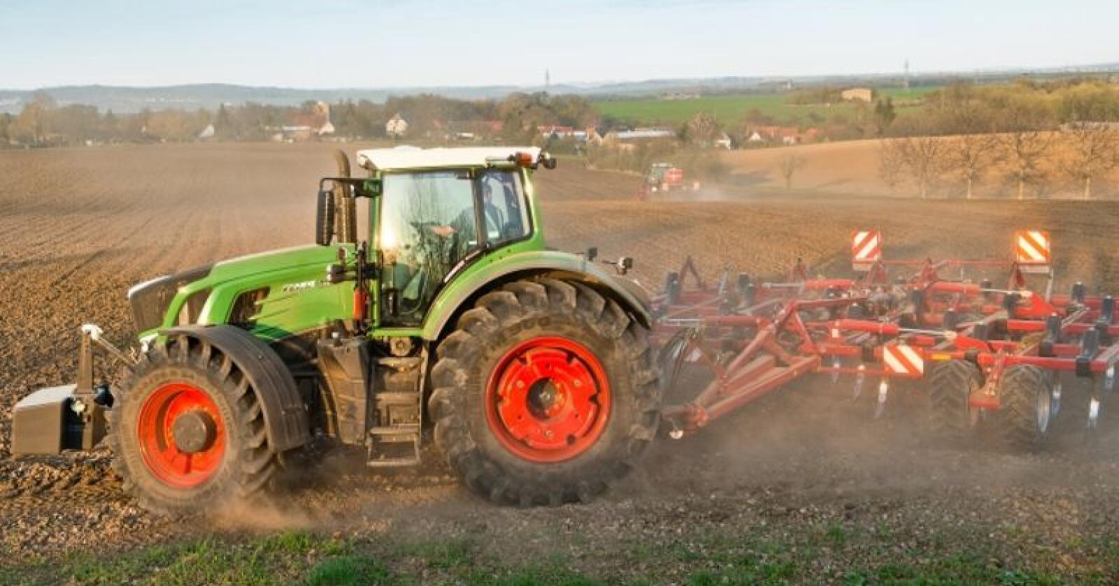 Både Fendt og John Deere vil presentere splitter nye traktormodeller for allmennheten under Agritechnica i november. (Foto: produsenten)