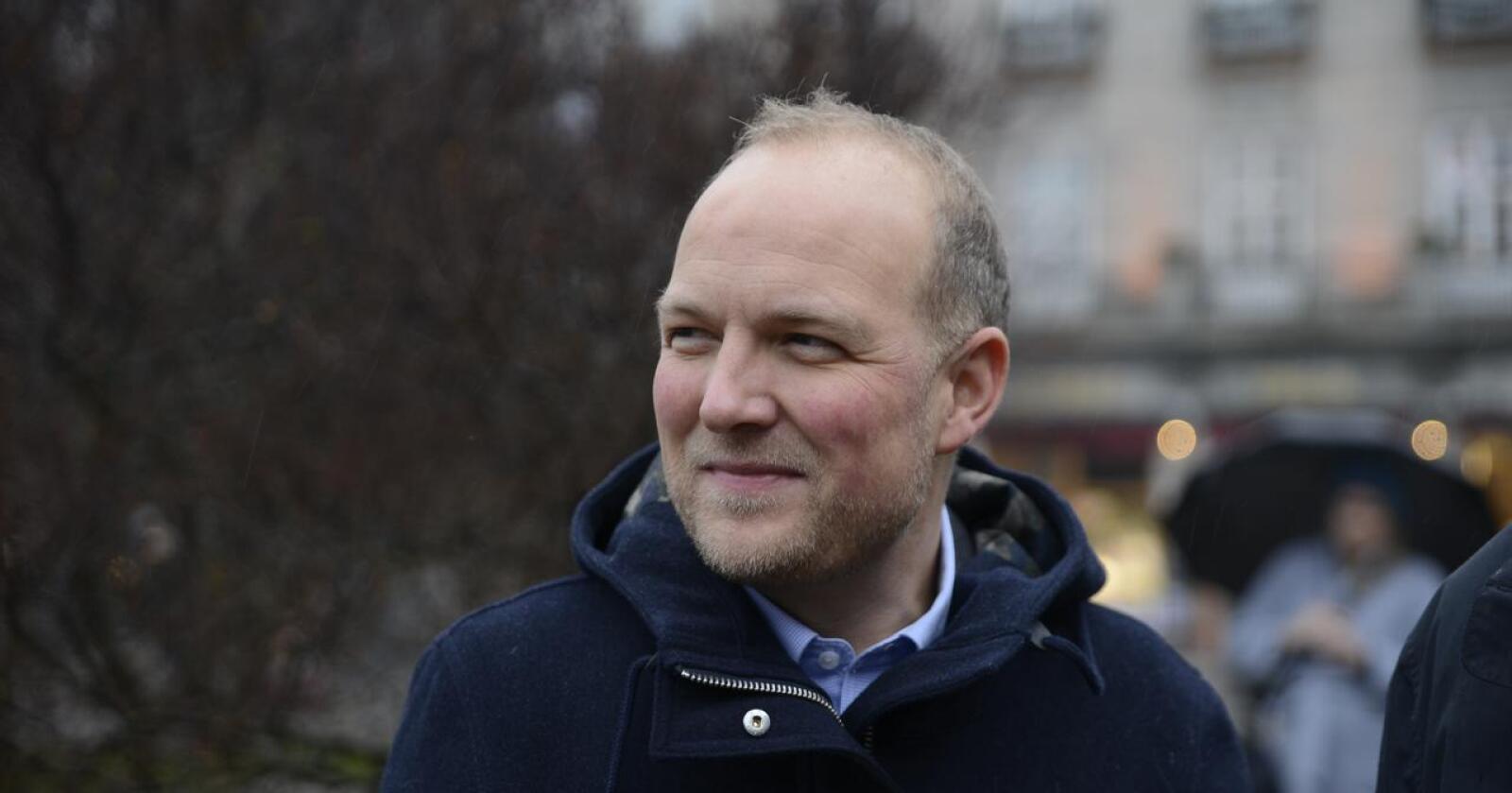 Stortingsprepresentant Ole André Myhrvold (bilde) og ordfører i Rakkestad kommune Karoline Fjeldstad mener at ulven må avlives. Foto: Mariann Tvete