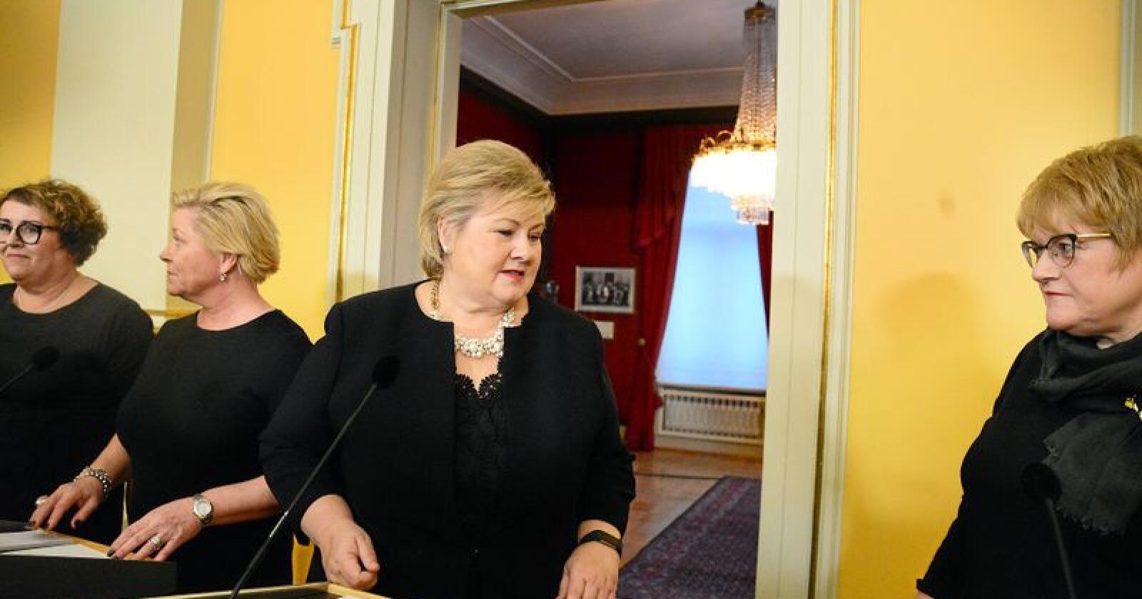 Utsatt til: Olaug Bollestad (KrF, t.v) og Venstres Trine Skei Grande (t.h) ligger an til å få tilsammen fire stortingsseter. Foto: Siri Juell Rasmussen