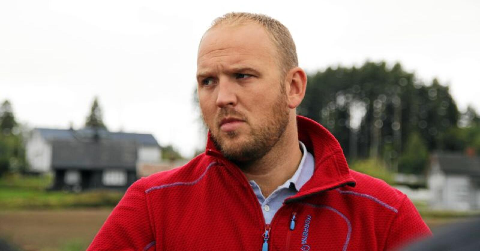 Frp-politikar Jon Georg Dale vil ha med seg Ap på å lukke døra for kjøtkutt. Foto: Lars Bilit Hagen