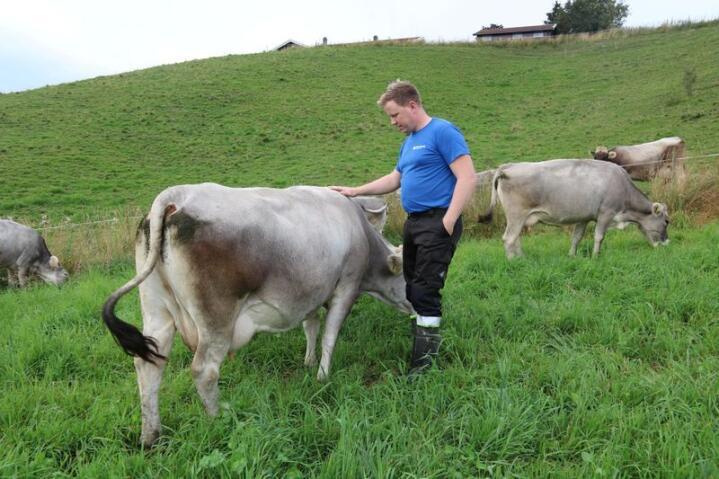 – Alle sektorer må redusere utslippene sine, og det er potensial til å redusere klimagassutslipp i landbruket også. Vi må vise at vi jobber med dette, sier Kim Viggo Weiby. Foto: Dag Idar Jøsang