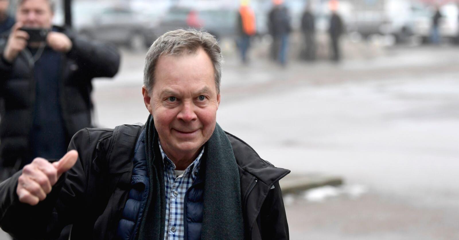 Milliardæren Karl Hedin ble fredag frifunnet på alle punkter av Västmanland tingsrett i Västerås. han risikerte fire års fengsel for ulovlig ulvejakt. Foto: Pontus Lundahl / TT