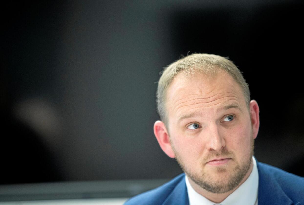 Instruert: Landbruksminister Jon Georg Dale ble instruert til å holde seg langt unna markedsordningene. Foto: Terje Pedersen/NTB scanpix