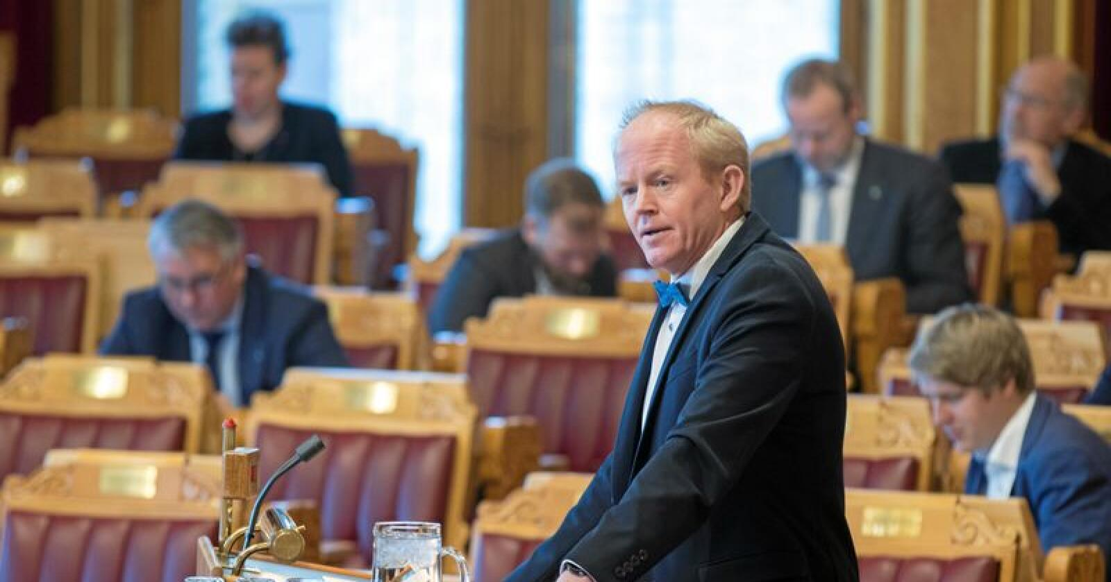 Lars Haltbrekken (SV) er glad for EU-initiativet mot mikroplast. Foto: Vidar Ruud / NTB scanpix