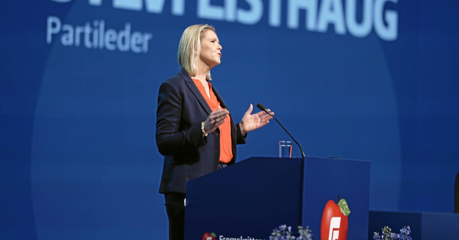 Hei til EU: Partileder Sylvi Listhaug og Frp stemmer mandag for å melde norsk jernbane inn i EU. Foto: Stian Lysberg Solum / NTB