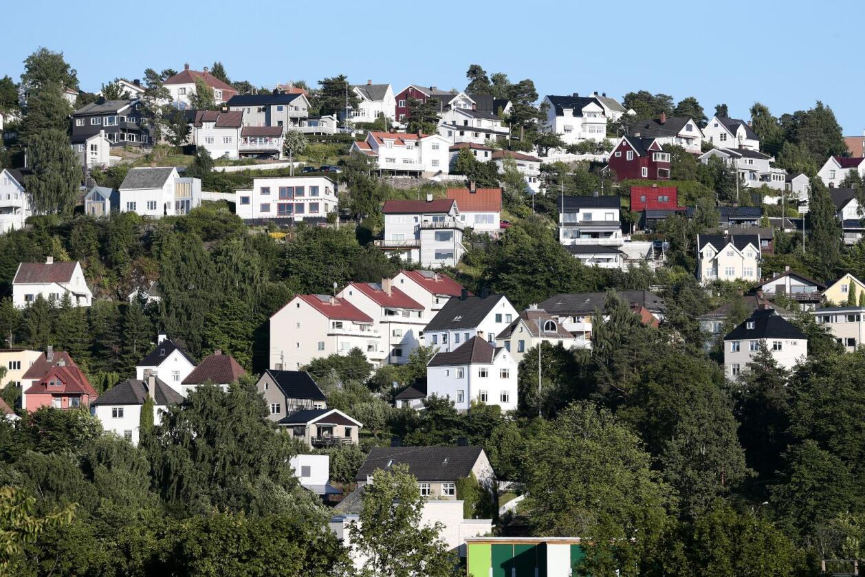 Prisstigningen på boliger har vært noenlunde lik de siste ti-tolv årene. Likevel er det boligeiere i byen som sitter igjen med den klart største gevisten i kroner og øre. Bildet viser et boligområde øst i Oslo, mot Ryen og Ekeberg. Foto: NTB scanpix