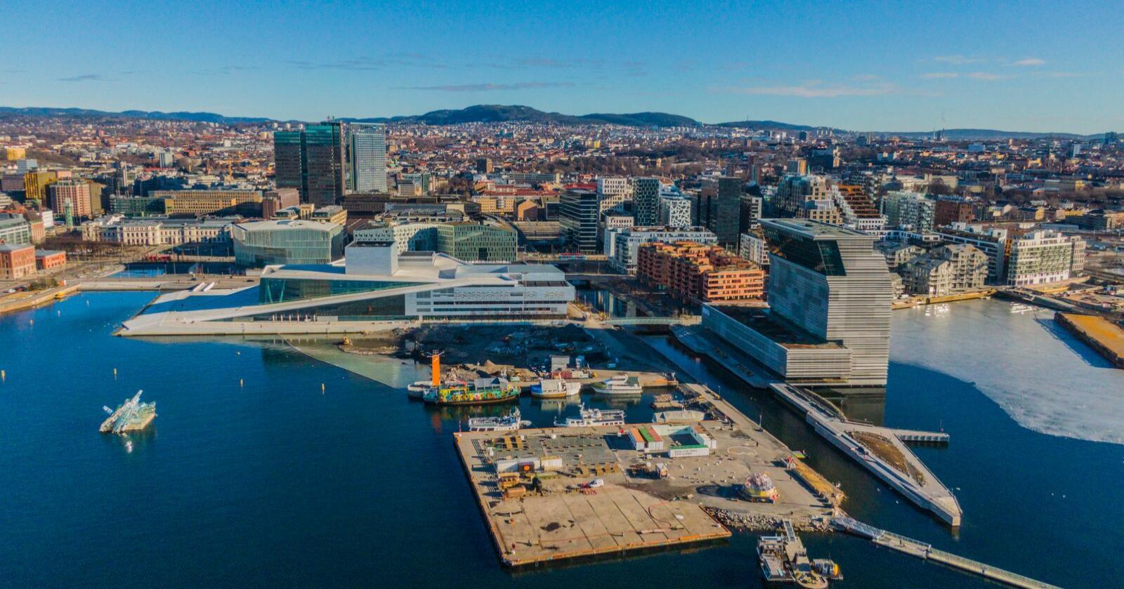 Rekordmange flyttet fra Oslo i fjor. Forskere peker på koronaeffekt. Foto: Stian Lysberg Solum / NTB