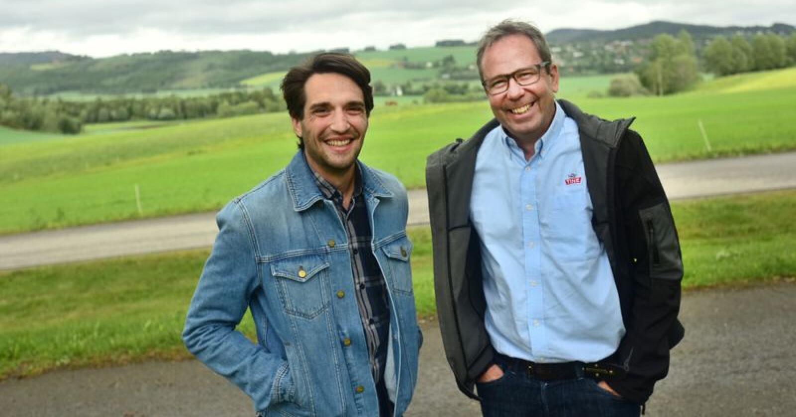 Michael Fridman i Infuture (til venstre) og Tilmann Hettasch i Tine sier det ligger enorme verdier i dataene som produseres i landbruket. Foto: Håvard Zeiner
