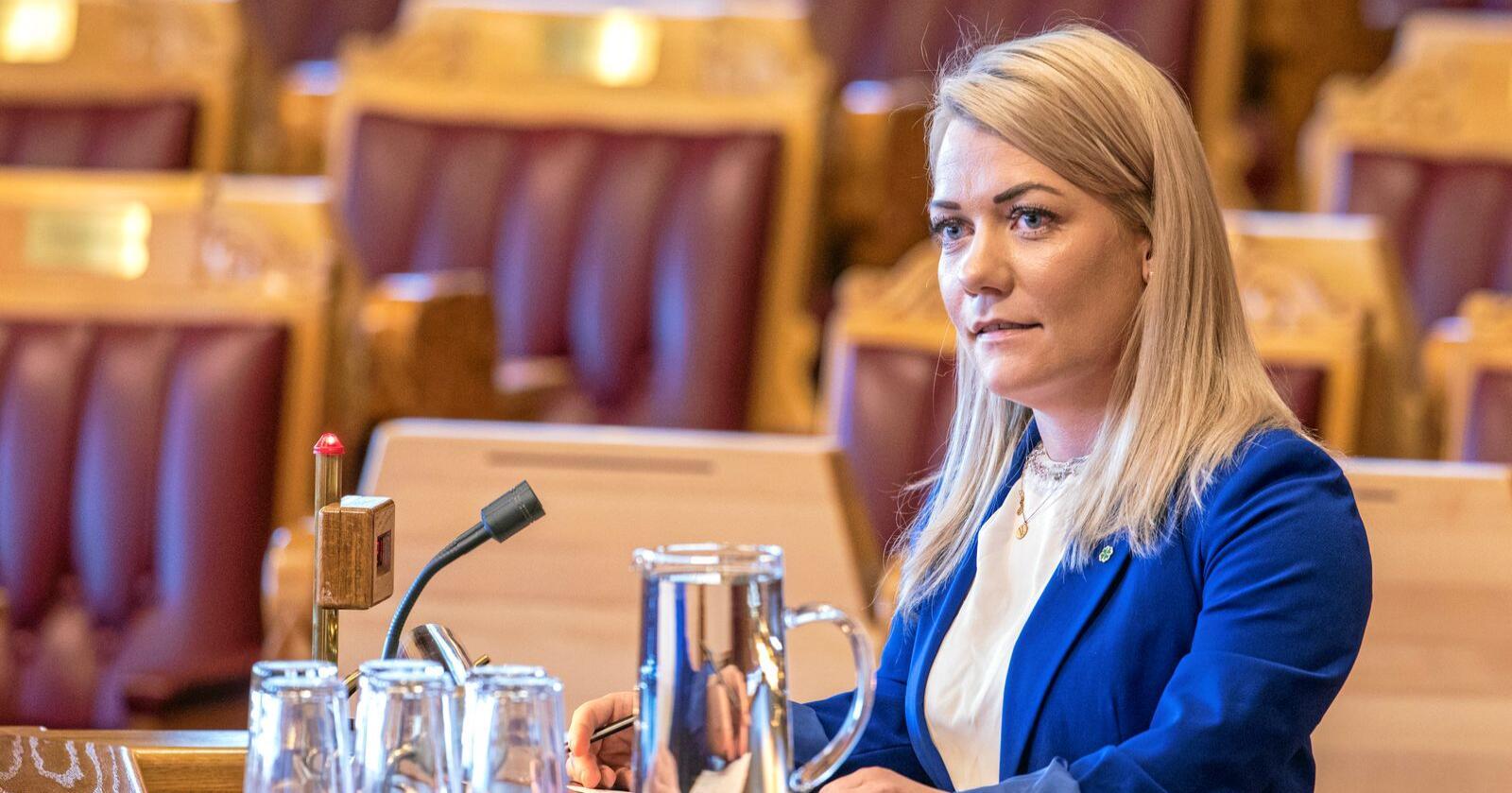 Senterpartiets Sandra Borch mener det nå vil bli enklere å skyte ulv i Norge etter lovendringen som Stortinget vedtok onsdag. Foto: Ole Berg-Rusten / NTB scanpix
