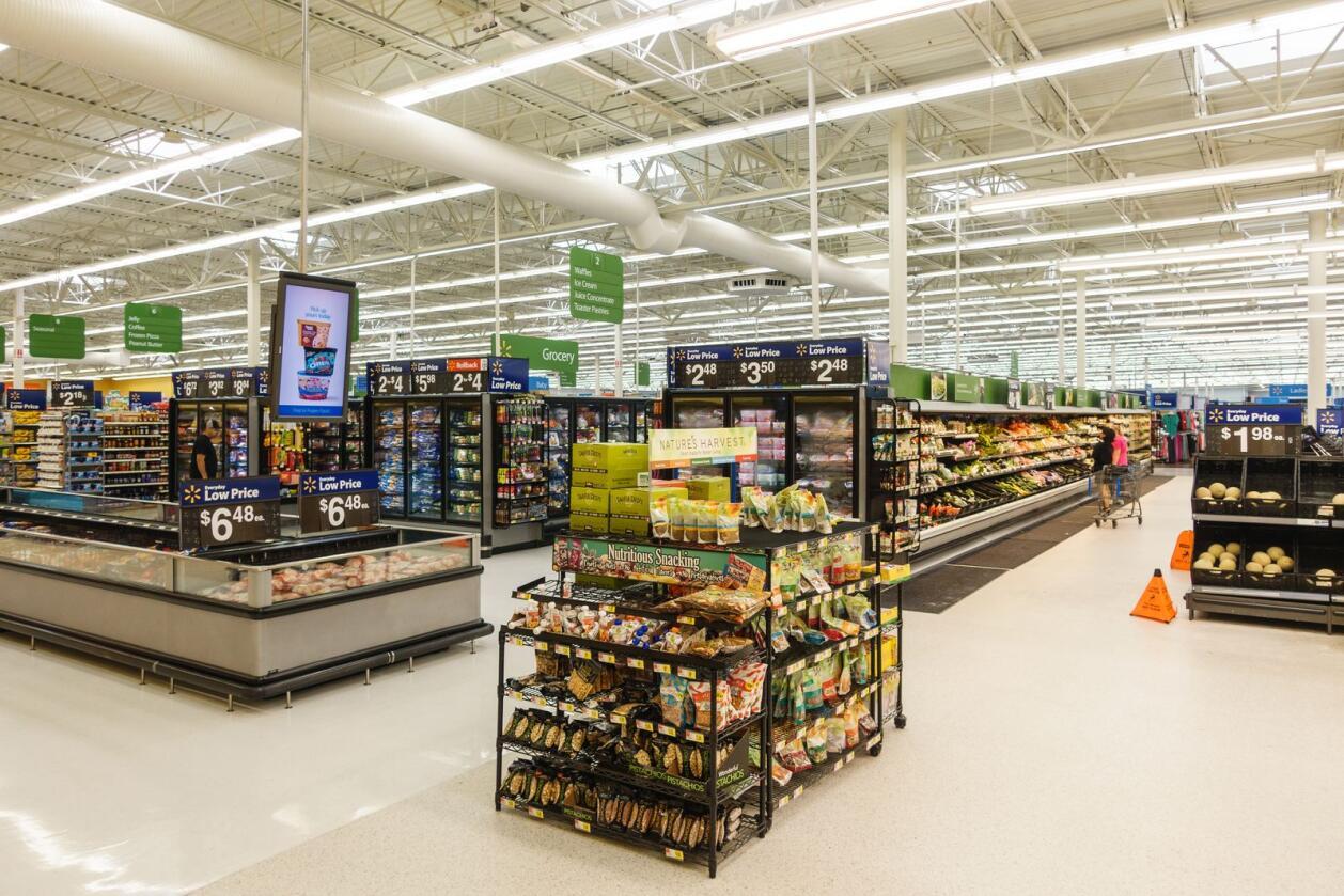 Identifiserer gårdsbruk: Walmart er i stand til å identifisere et gårdsbruk som har infiserte grønnsaker på 2,2 sekunder, skriver innsenderne. Her fra en Walmart-butikk i USA. Foto: Mostphotos