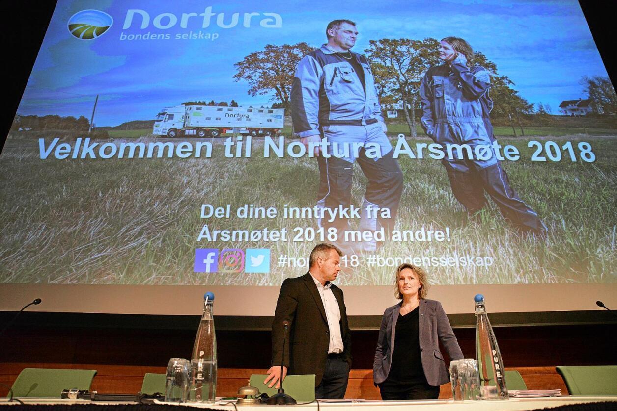 Nestleiar Per Heringstad og styreleiar Trone Hasvang Vaag i Nortura. Foto: Siri Juell Rasmussen