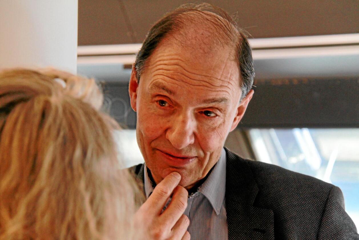 Kritisk: Jusprofessor Eivind Smith er kritisk til regjeringas bruk av grunnloven i Acer-saka. Foto: Anders R. Christensen