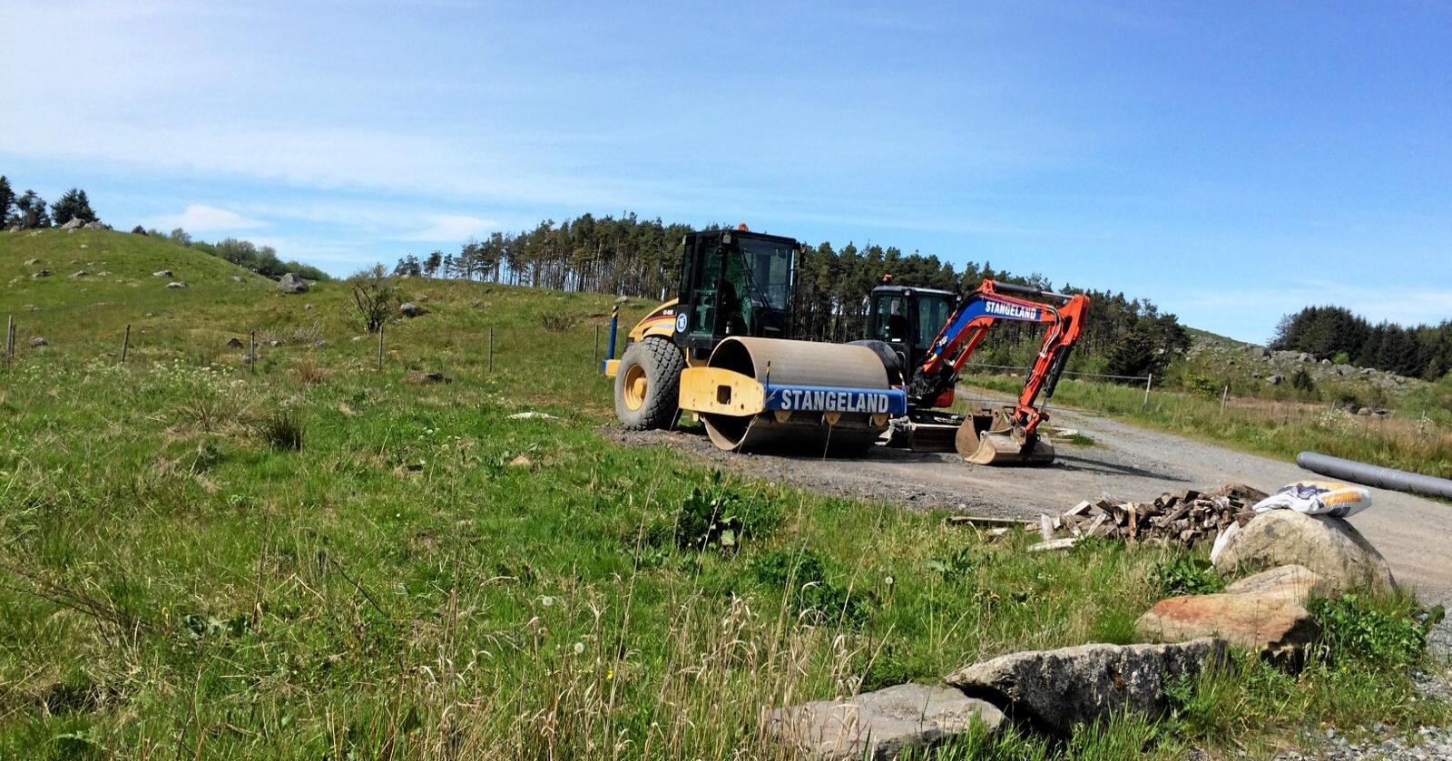 Bygger ned: Et knapt flertall i kommunestyret vil bygge ned hundrevis av dekar matjord på Kalberg i Time. Foto: Bjarne B. Aase