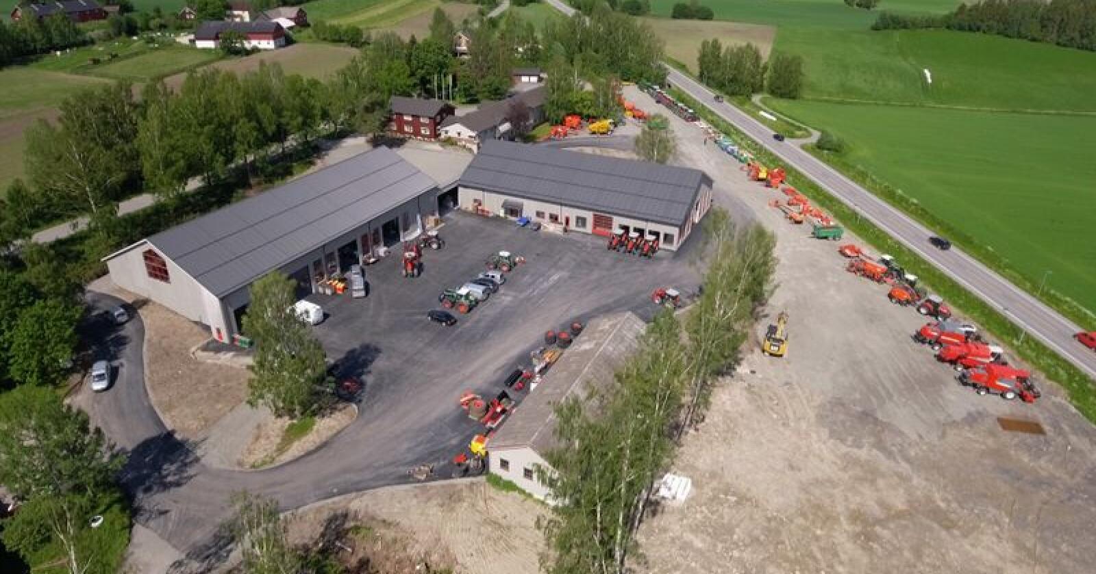 For vel fire år siden overtok BR industrier lokalene ved Norsvins anlegg på Hamar. Resultatet har blitt et felles, regionalt senter for landbrukets firmaer og organisasjoner. (Foto: Eiksenteret Furnes)