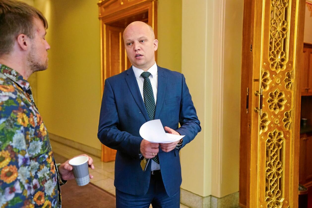 Trygve Slagsvold Vedum (Sp) krever at statsministeren avklarer om det nå blir en ny EU-kamp. Lørdag sa Venstres landsmøte ja til norsk medlemskap i unionen. Foto: Lise Åserud / NTB scanpix
