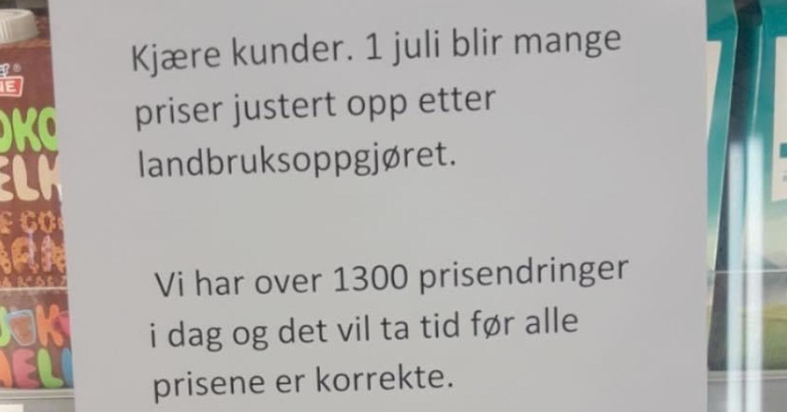 Denne plakaten var hengt opp på en Coop-butikk. Foto: Sigrid Hjørnegård/Facebook
