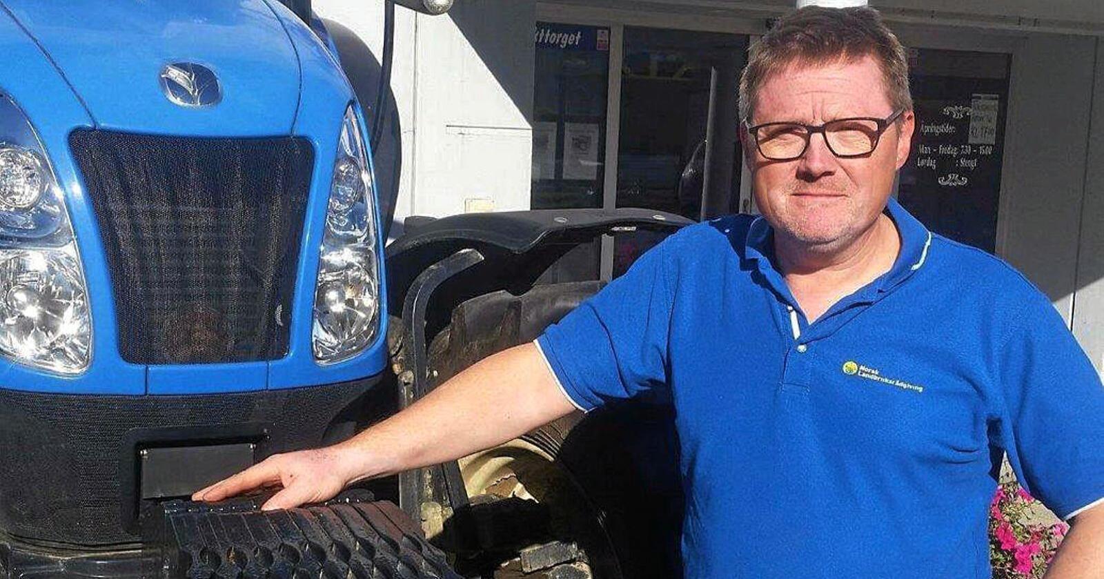 Halle Arnes, fagkoordinator HMS i Norsk Landbruksrådgiving, er klar på at det er avgjørende å bruke belte i traktor. Foto: Norsk landbruksrådgiving