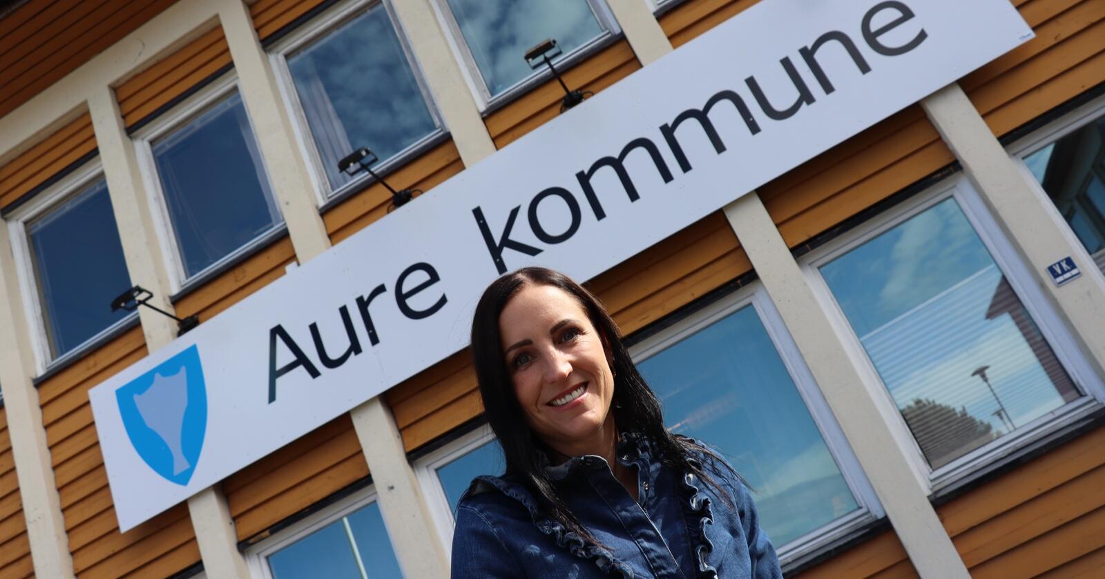 Aure-ordførar Hanne Berit Brekken (Ap) har fått beskjed frå innbyggjarane om at dei vil bli i Møre og Romsdal. Foto: Janne Grete Aspen