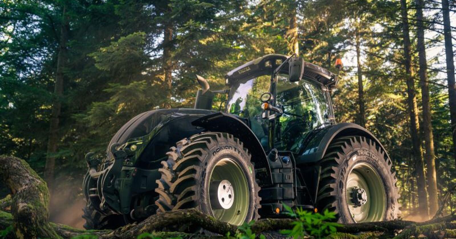 Nokians nye Tractor King skal i følge produsenten forene anleggsdekkets styrke med trakordekkets særegne egenskaper