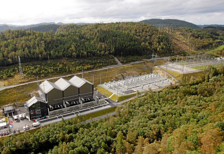 Til utlandet: Norned-anlegget til Statnett, rett før åpningen av sjøkabelen til Nederland i 2008. Foto: Tor Erik Schrøder
