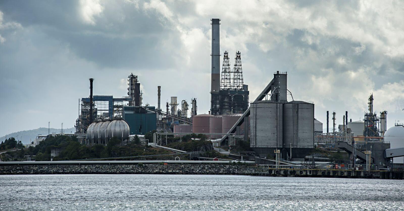 Oljeraffineriet på Mongstad i Nordhordland.Foto: Marit Hommedal / NTB scanpix