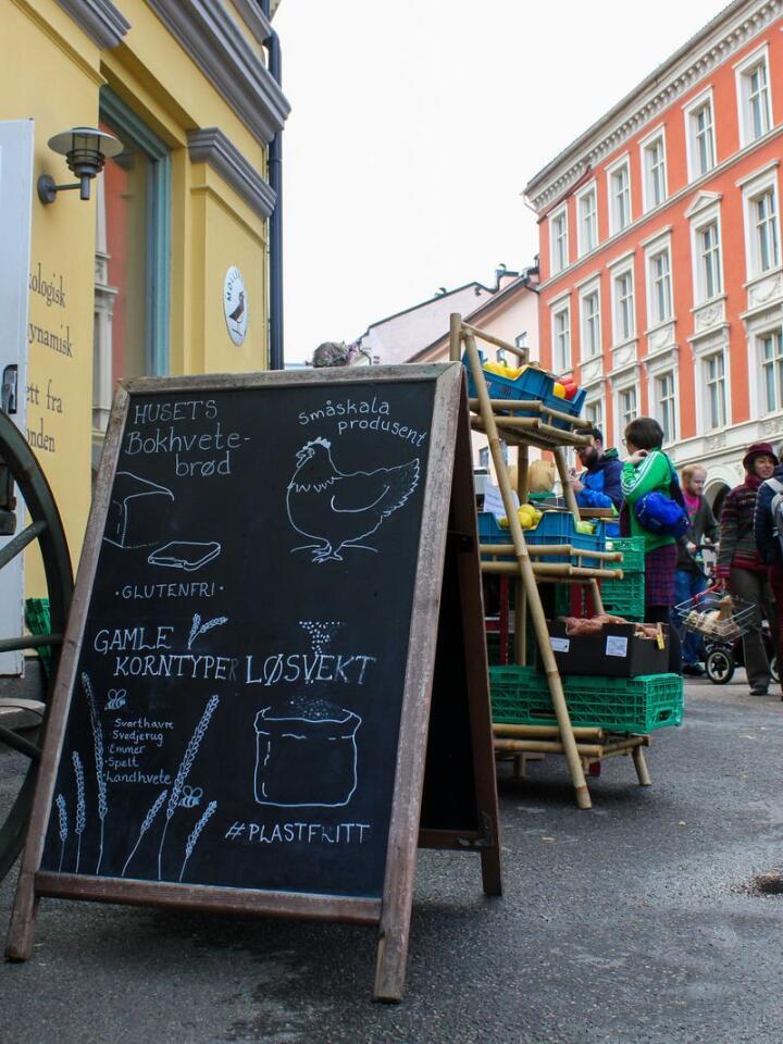 Da Mølleren Sylvia åpnet for seks år siden, fikk de mye oppmerksomhet for at de solgte ulike varer i løsvekt og uten emballasje. Foto: Vilma Taubo