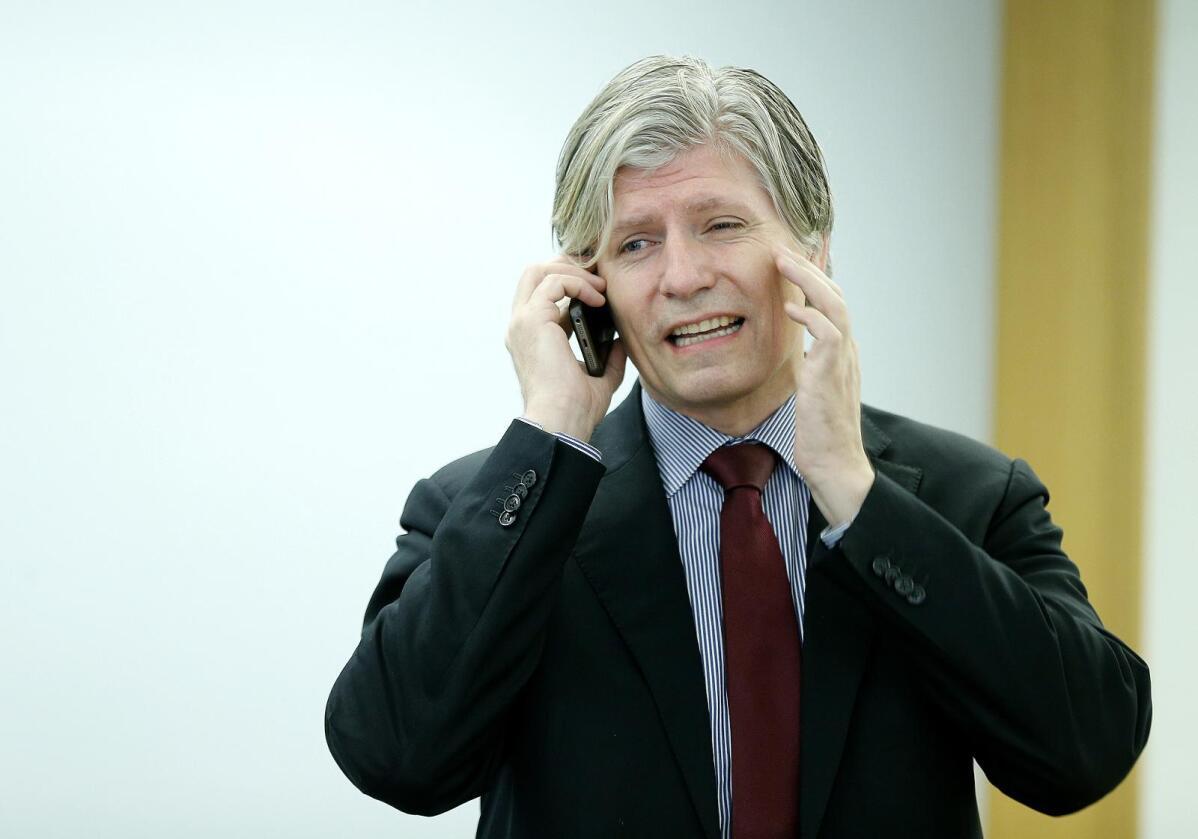 Venstres nestleder Ola Elvestuen sier partiet ikke kan godta at grensen for iskanten skal trekkes så langt nord som regjeringen ønsker. Foto: Terje Pedersen / NTB scanpix