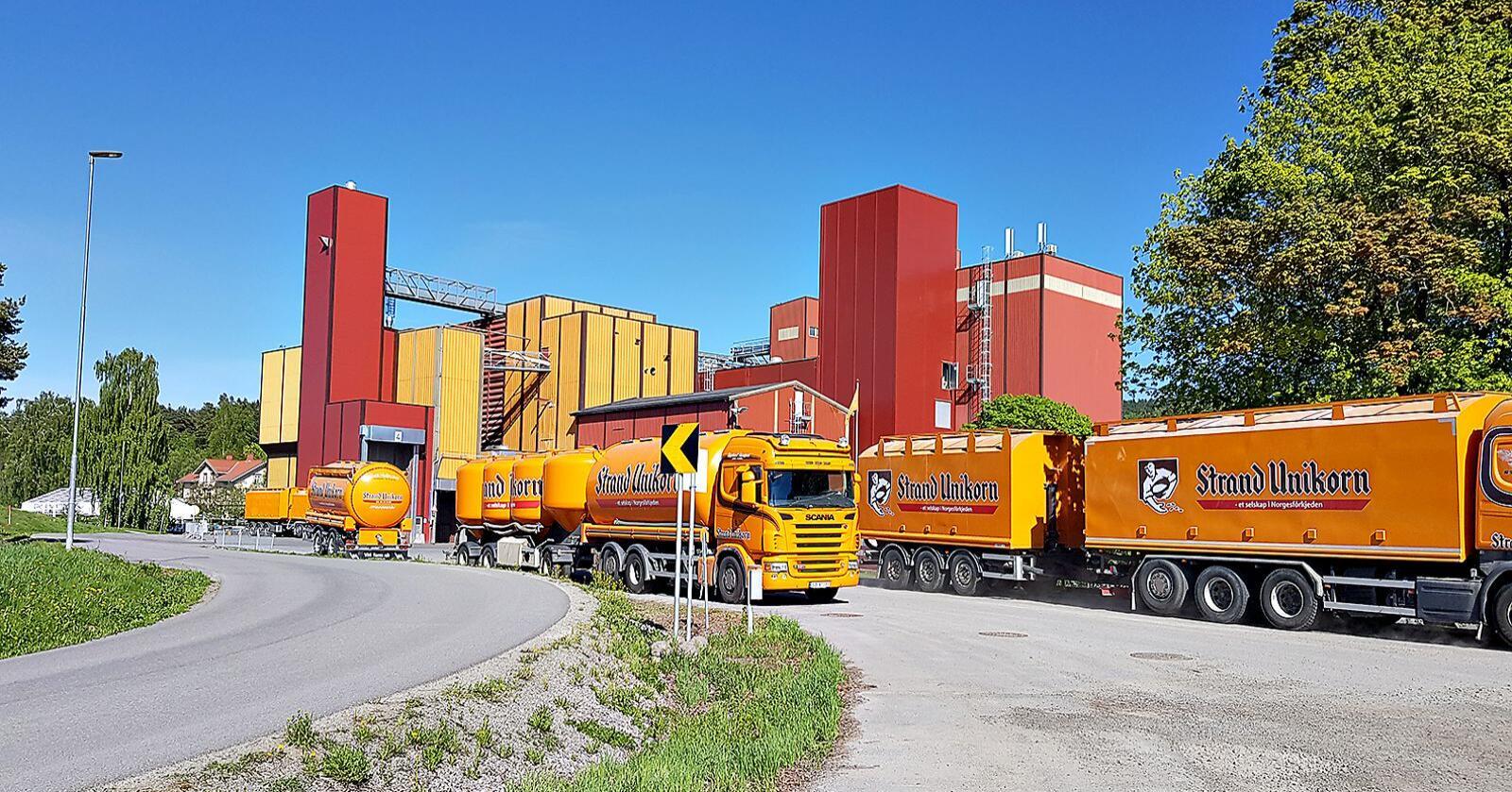 INNLANDET: Strand Unikorn fabrikk i Moelv. Foto: Strand Unikorn.