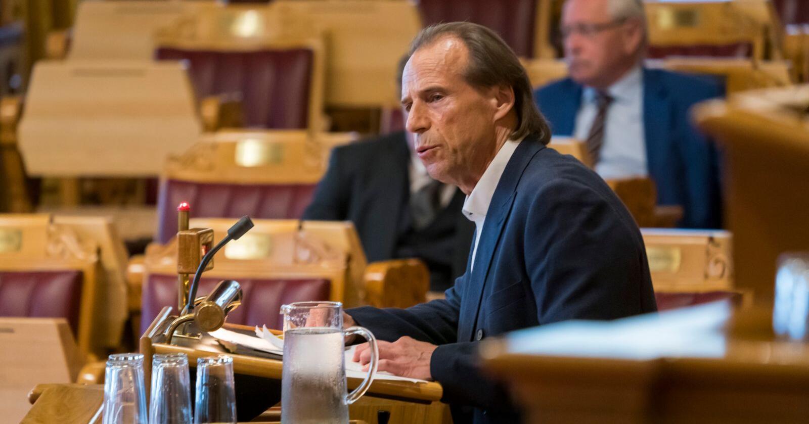 Jan Bøhler (nå Sp) under den muntlige spørretimen på Stortinget. Foto: Cornelius Poppe / NTB