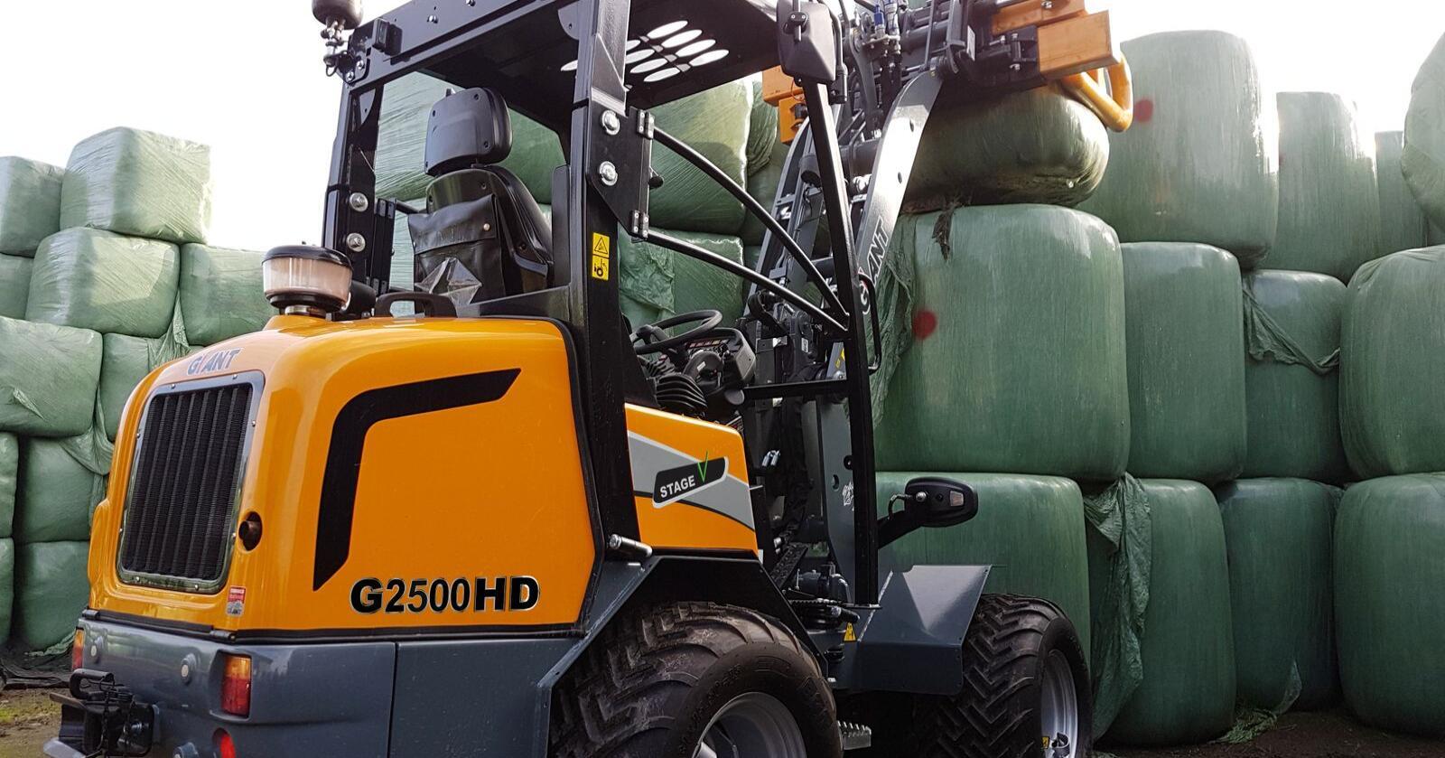 Giant produseres i Nederland av selskapet Tobroco. Minilasterne leveres i størrelse fra 1 til 6 tonn. Foto Produsenten