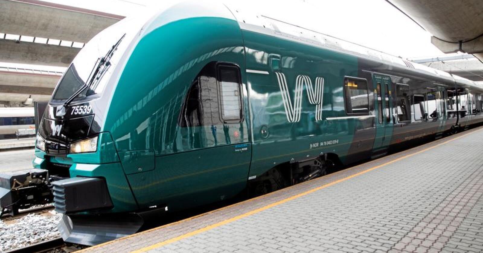 Vy leier togsett fra det statlige selskapet Norske tog. I 2018 betalte vy 1,2 milliarder kroner for disse. Foto: Berit Roald / NTB scanpix