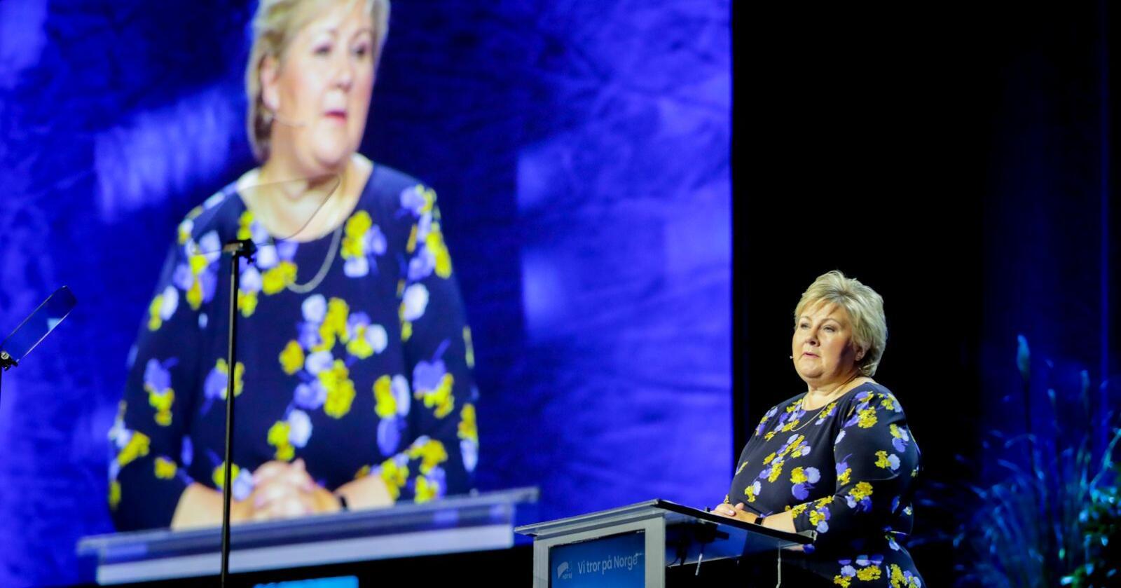 Statsminister Erna Solberg på talerstolen under Høyres landsmøte på Gardermoen. Foto: Vidar Ruud / NTB scanpix