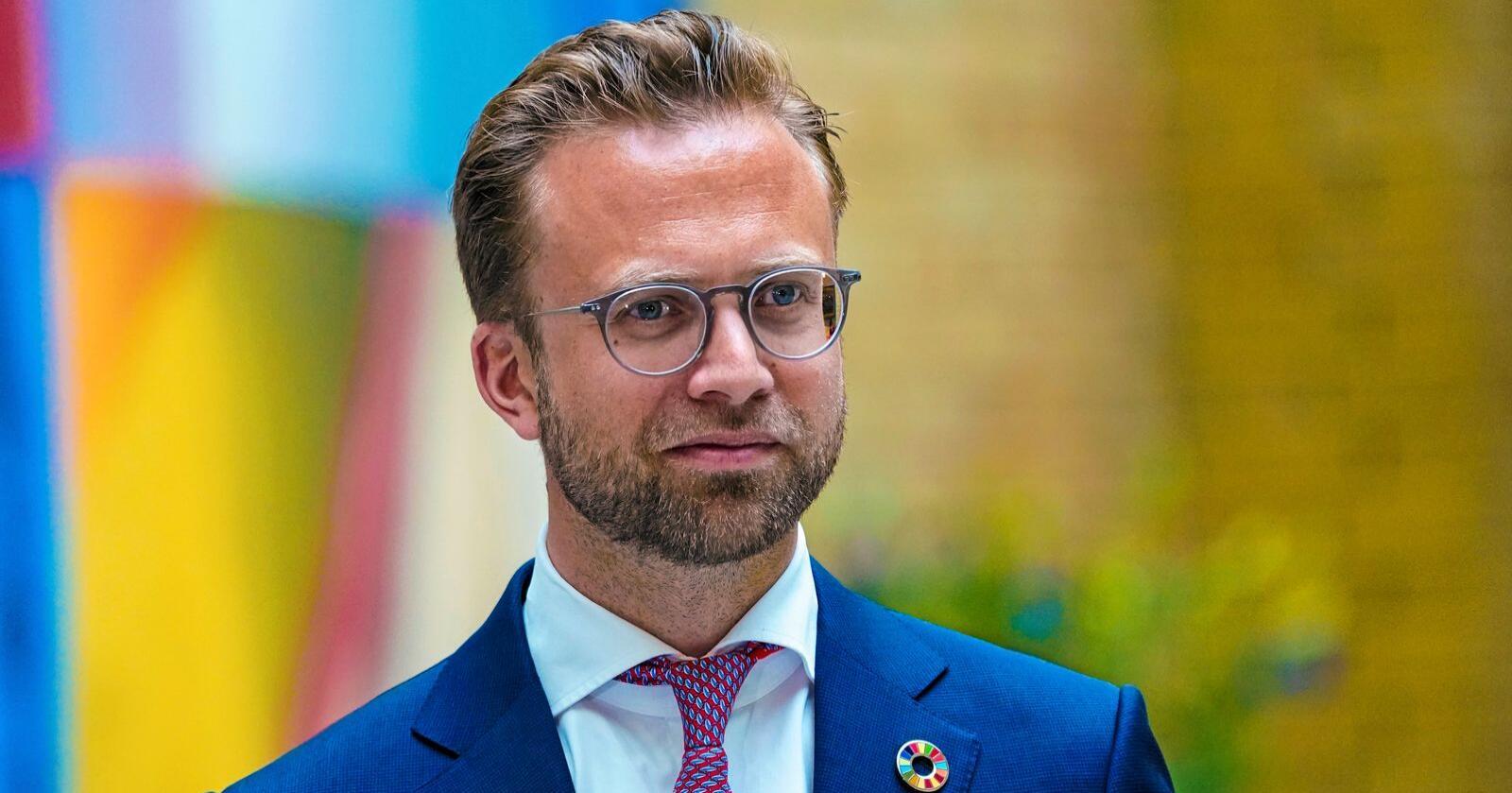Overfører ikke oppgaver: Kommunal- og moderniseringsminister Nikolai Astrup (H). Foto: Lise Åserud / NTB scanpix