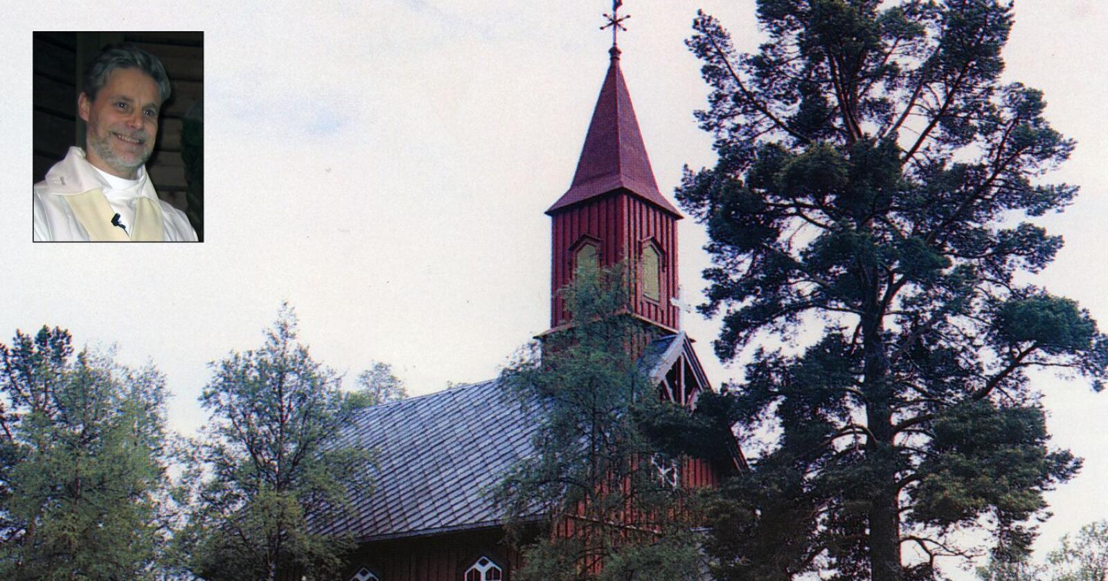 Sogneprest Martin Ottosson er svensk, men får ikke opsøke sine tre menigheter i Norge. Her er Sørlie kirke i Lierne fotografert. Foto: Bernt Hågensen