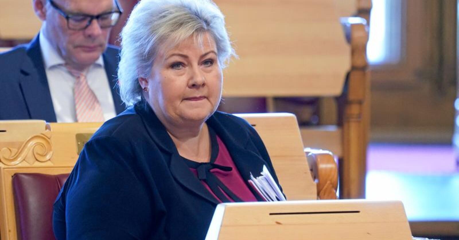 I et skriftelig svar til stortingsrepresentant Emile Enger Mehl (Sp) innrømmer statsminister Erna Solberg (H) at Oslo-regionen er overrepresentert i offentlig oppnevnte utvalg og råd. Foto: Terje Pederesen / NTB scanpix