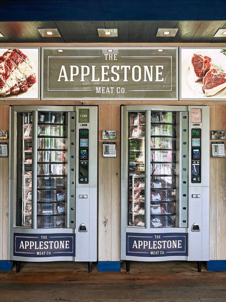 Applestone Meat Company kan ein kjøpe lokalt kjøt frå automatar 24 timar i døgnet. Foto: Jennifer May/Applestone Meat Company